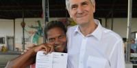 Vereador participa de sorteio de moradias para 260 famílias